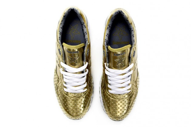 Play-Cloths-x-Saucony-Shadow-5000-Precious-Metals-Pack-03-630x419