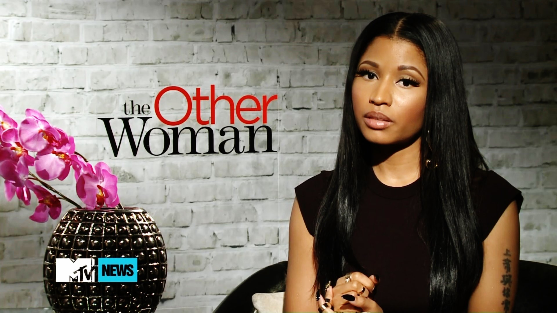 nicki-minaj-talks-taking-hip-hop-route-for-the-pink-print