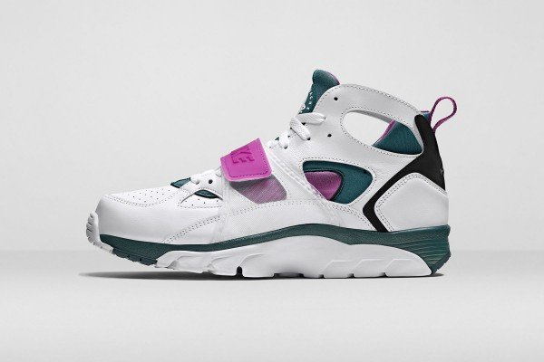 nike-air-flight-huarache-trainer-3